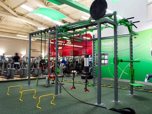 XCUBE Lynx functional training rig with extensions and accessories