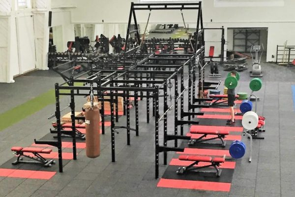 Bespoke XCUBE Functional rig and rack and fitness rubber flooring design
